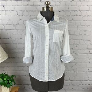 Tommy Hilfiger button down shirt size small